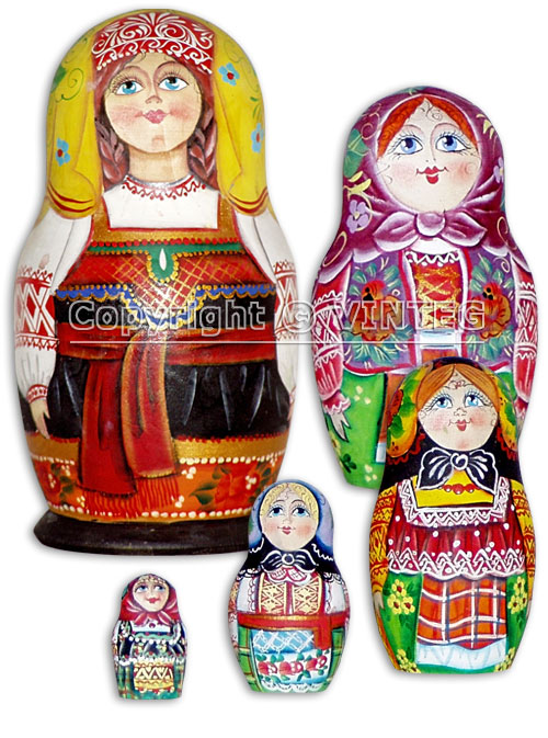 Girls wearing Russian folk costumes